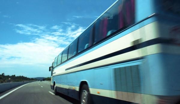 camiones-en-la-autopista_02
