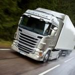 Camiones en la autopista