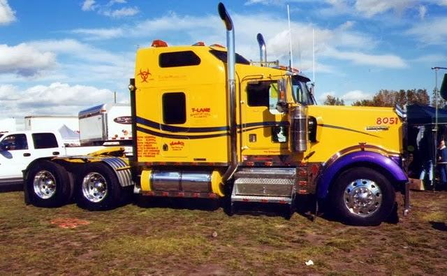 Camion Amarillo