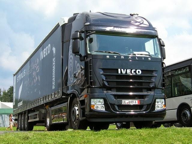 Camion Iveco Stralis Negro