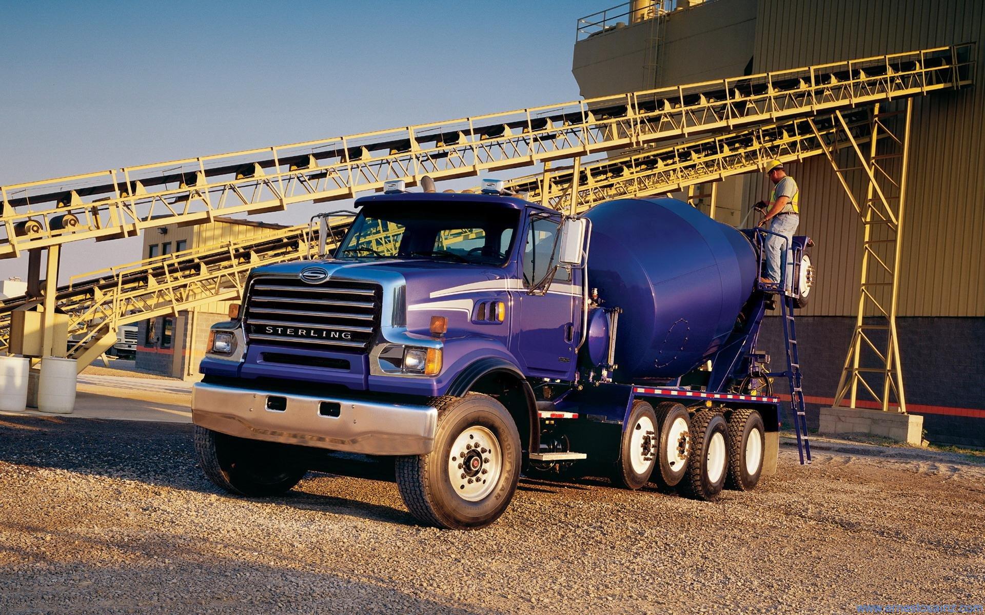 Camion Sterling Hormigonero Azul