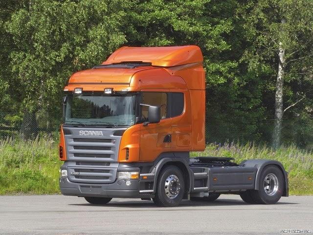 Camion Scania Naranja