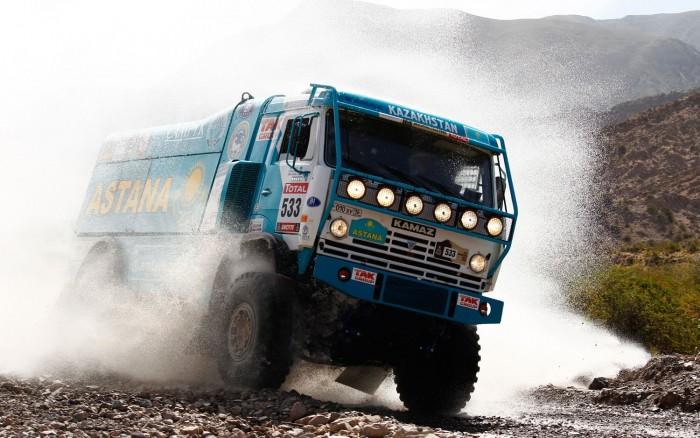 camiones-del-dakar_03