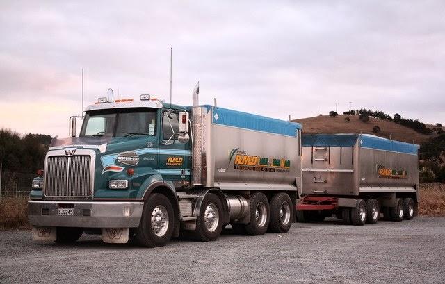 camion-western-con-trailer