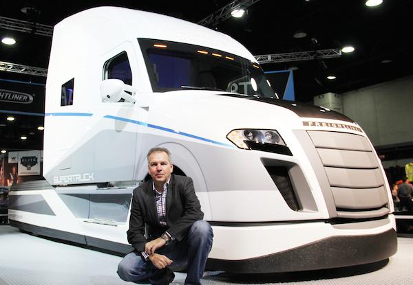 dtna-freightliner-supertruck_3