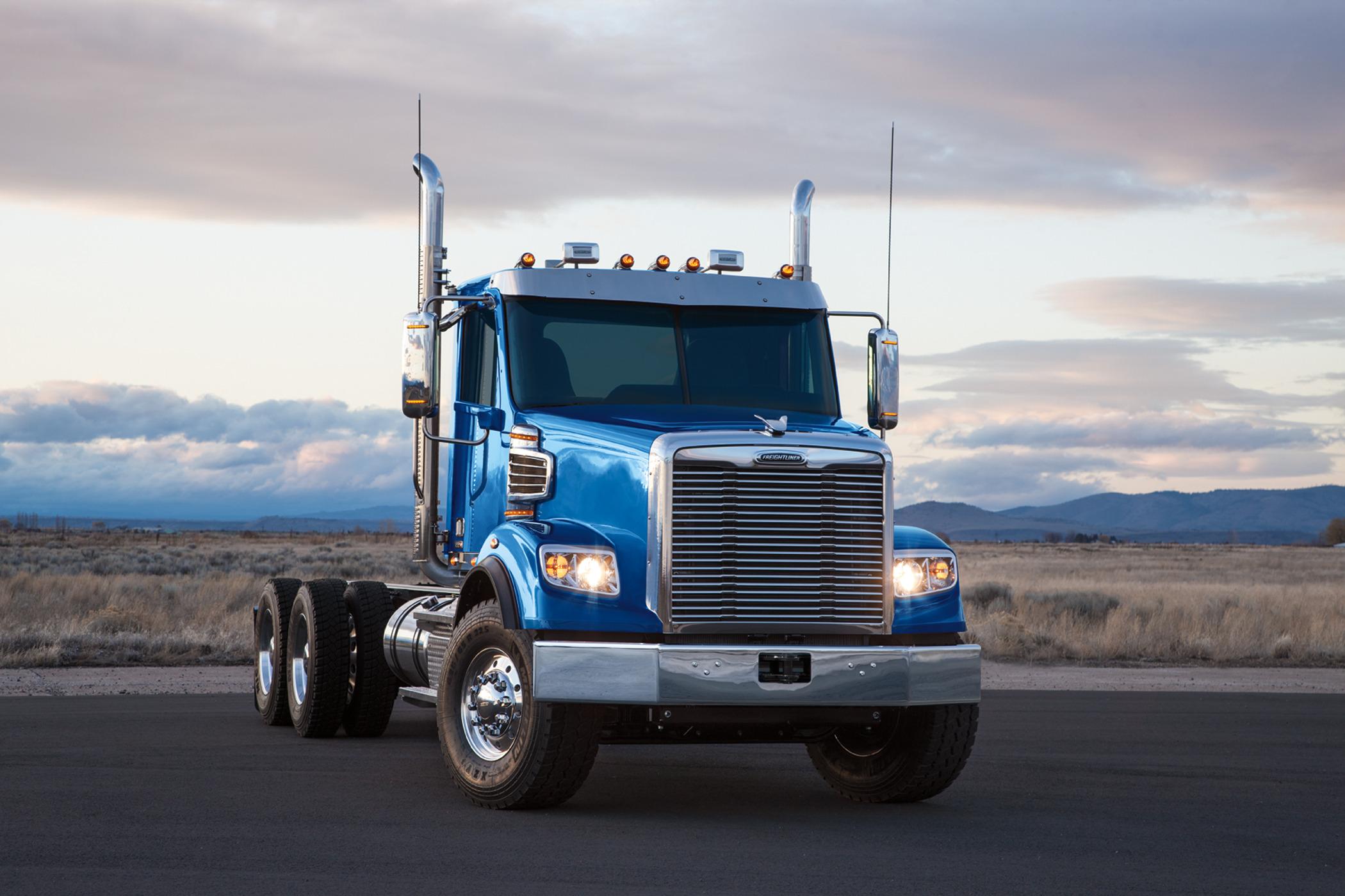 Freightliner azul