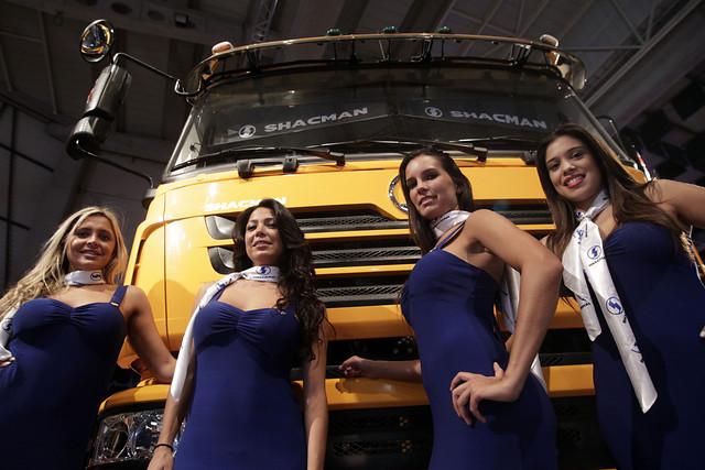 promotoras-de-camiones_04