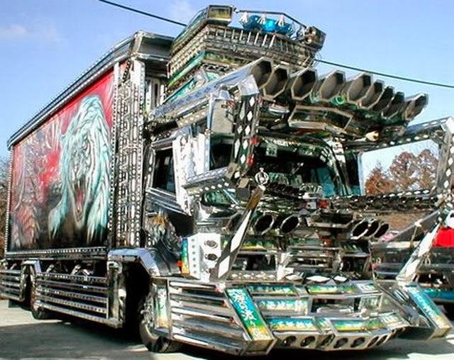Varias fotos de camiones