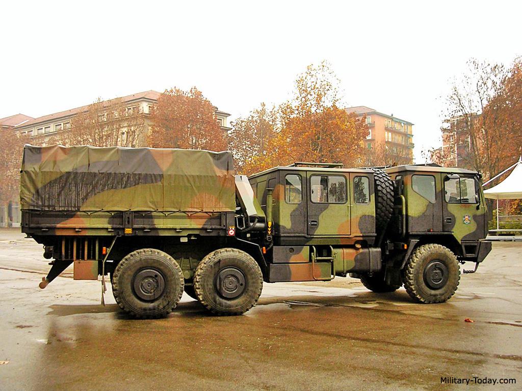 Camion militar Iveco M250 L9