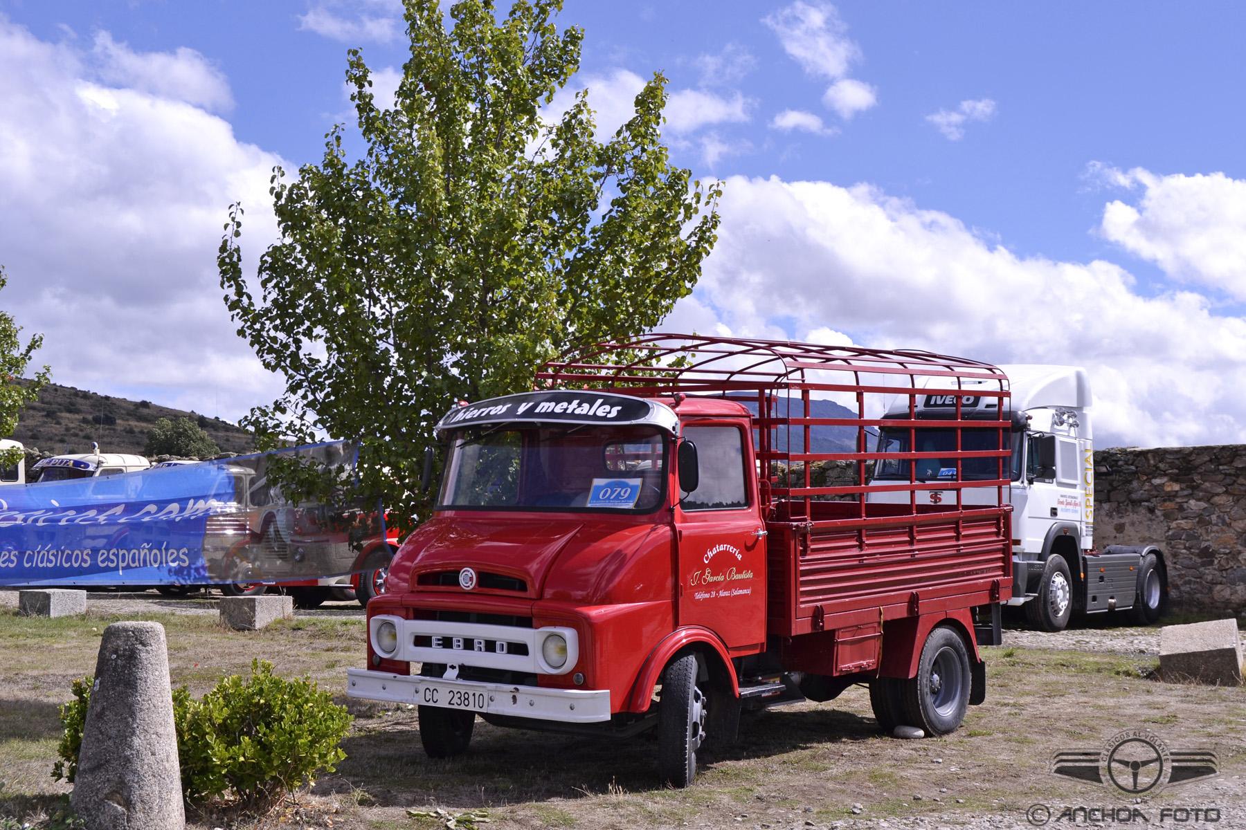 Camion antiguo Ebro C-150 1968