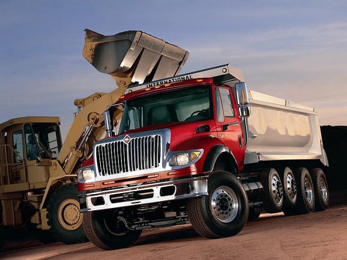 camion-workstar-cargando