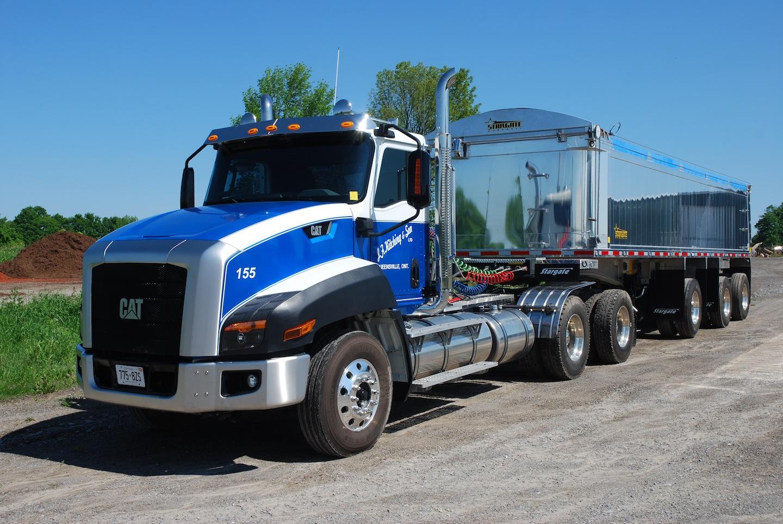 Camion Caterpillar CT660