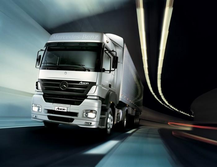 camion-Mercedes-Benz-Axor