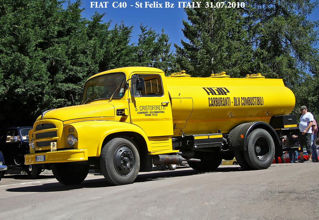 Camion Fiat C40 Cisterna