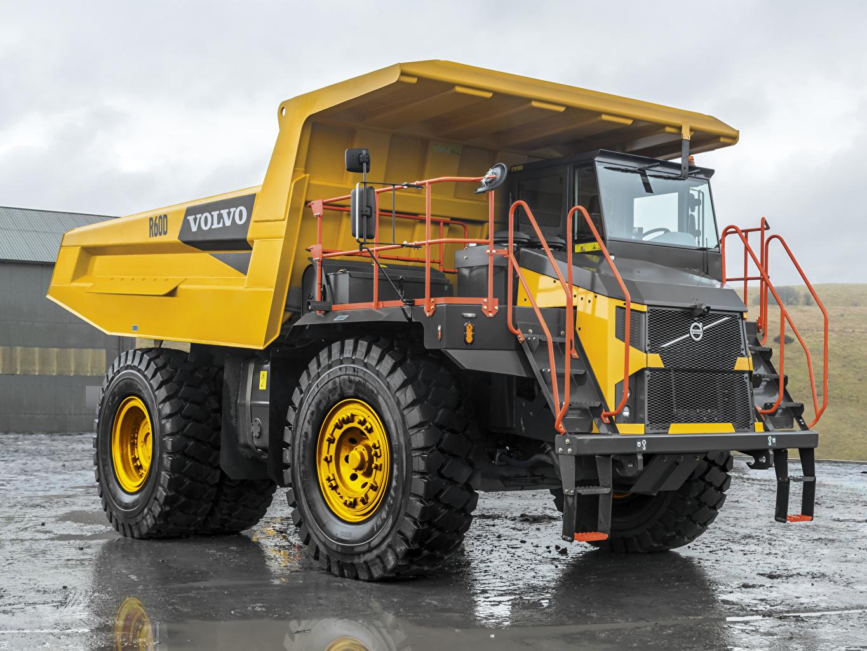 Volvo Trucks 2018 19 R60D amarillo