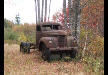 Camion Oxidado Abandonado